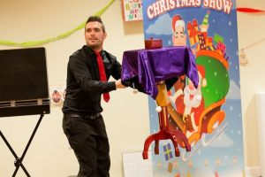 Steve-Sausagechristmasshow9